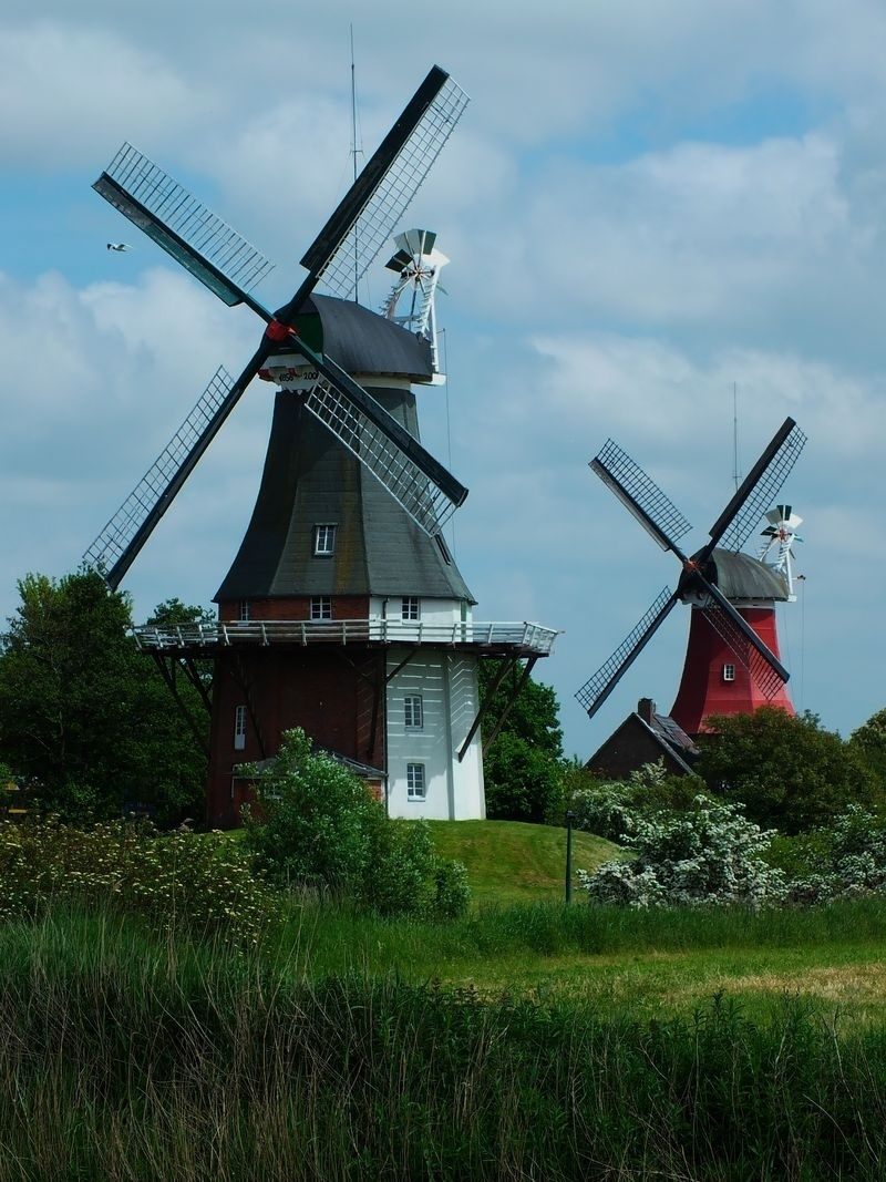 Two wind mills at Greetsiel/East Fresian Country/Germany | ZEISS CY TELE-APOTESSAR 300MM F2.8 <br> Click image for more details, Click <b>X</b> on top right of image to close