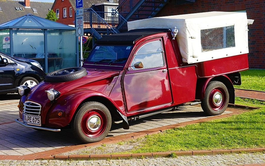 Citroen pickup | LENS MODEL NOT SET <br> Click image for more details, Click <b>X</b> on top right of image to close