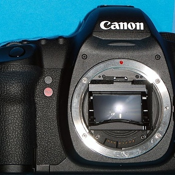 Canon 5DMkII Body with shortened mirror | LENS MODEL NOT SET