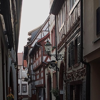 Historical butcher alley from Anno 1604 | ZEISS CY DISTAGON 28MM F2