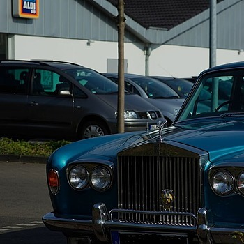 Rolls Royce owner is shopping at the ALDI grocery store | ZEISS CY SONNAR 180MM F2.8 <br> Click image for more details, Click <b>X</b> on top right of image to close