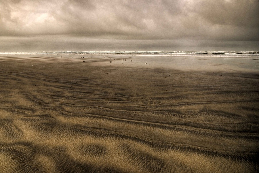 Sand Waves | ZEISS ZA VARIO-SONNAR F2.8 16–35MM <br> Click image for more details, Click <b>X</b> on top right of image to close