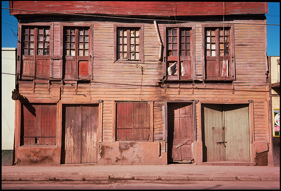 Valdivia, Chile 1974 | ZEISS JENA BIOGON 35MM F2.8 <br> Click image for more details, Click <b>X</b> on top right of image to close