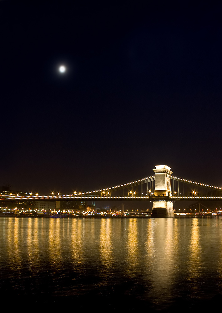 The Chain Bridge at night in Budapest | LENS MODEL NOT SET <br> Click image for more details, Click <b>X</b> on top right of image to close