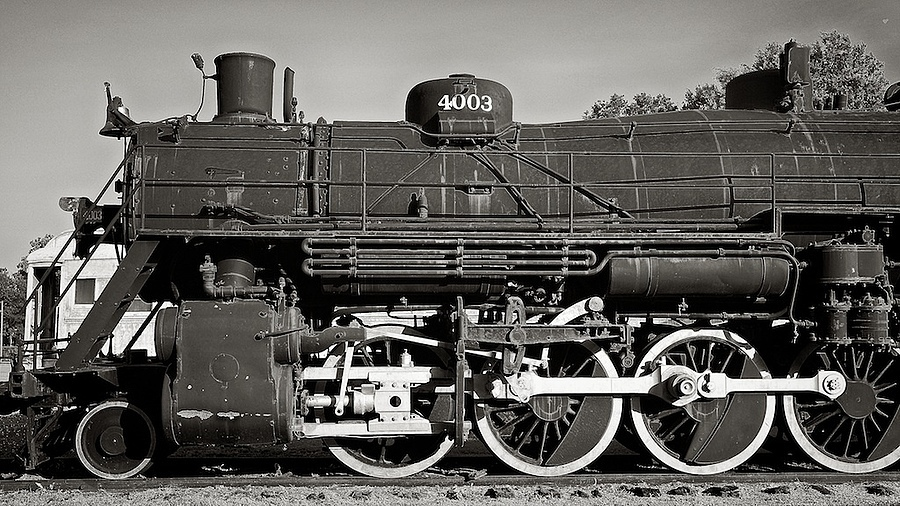 Locomotive 4003 - #1 | ZEISS SONNAR 24MM F1.8 <br> Click image for more details, Click <b>X</b> on top right of image to close