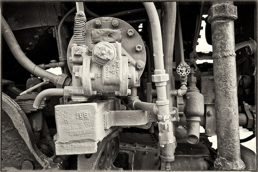Hydraulics | ZEISS FE 35MM F2.8 ZA <br> Click image for more details, Click <b>X</b> on top right of image to close