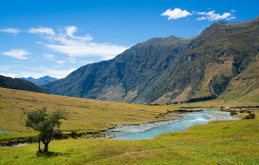 Matukituki Valley | ZEISS VARIO-TESSAR 16-70MM F4 ZOOM <br> Click image for more details, Click <b>X</b> on top right of image to close