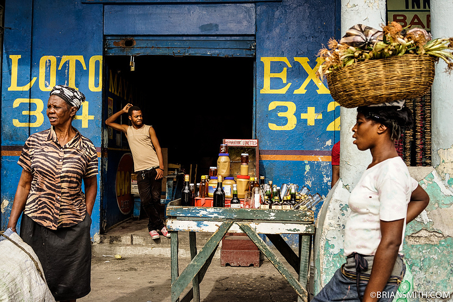 Port-au-Prince Market | ZEISS FE 35MM F2.8 ZA <br> Click image for more details, Click <b>X</b> on top right of image to close