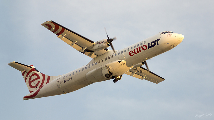 Eurolot ATR 72-202 (moving gear up) | ZEISS JENA PRAKTICAR 4/300 <br> Click image for more details, Click <b>X</b> on top right of image to close