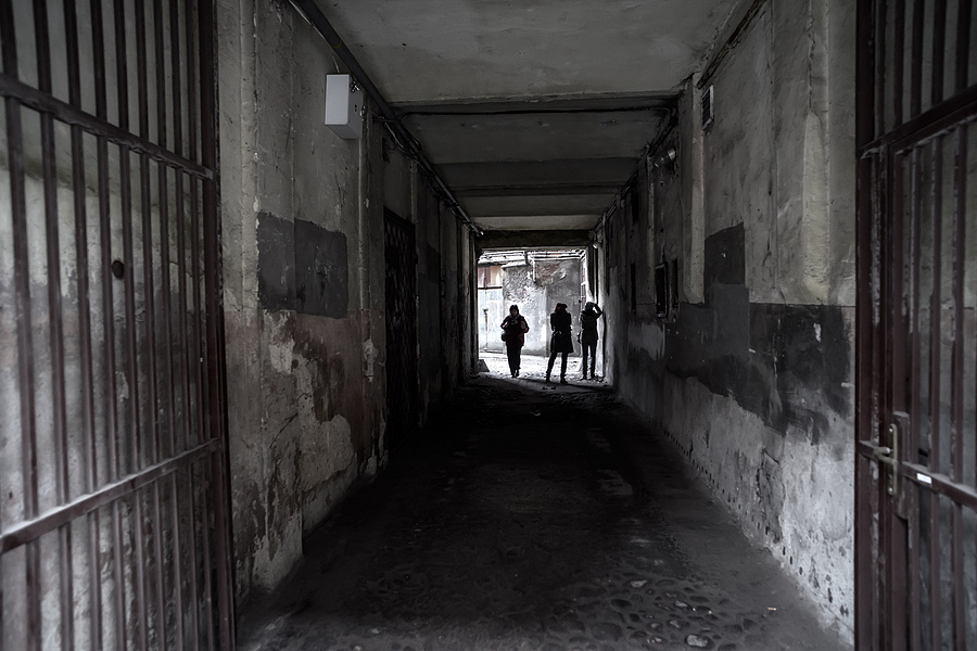 Three Girls in the passage... (1st day of Lodz 2014) | ZEISS DISTAGON F2.8 21MM <br> Click image for more details, Click <b>X</b> on top right of image to close