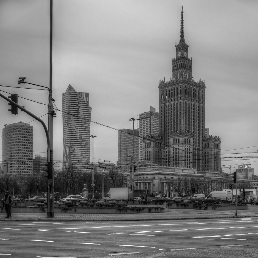 Vision of the Town: Warsaw (1/14) | CARL ZEISS JENA VARIO-PANCOLAR 2.7-3.5/35-70 M42 <br> Click image for more details, Click <b>X</b> on top right of image to close