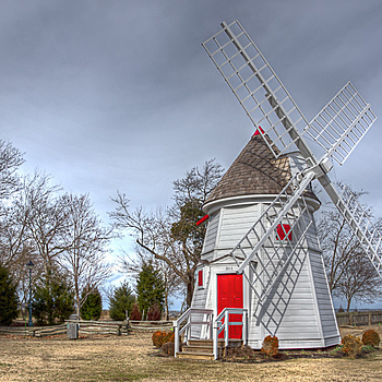 Yorktown Windmill | ZEISS ZA VARIO-SONNAR DT F3.5-F4.5 16-80MM <br> Click image for more details, Click <b>X</b> on top right of image to close