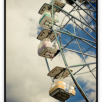 Ferris Wheel | ZEISS ZA VARIO-SONNAR F2.8 24–70MM <br> Click image for more details, Click <b>X</b> on top right of image to close