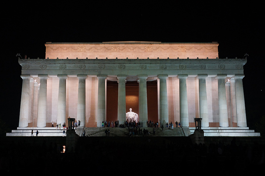Lincoln Memorial | ZEISS ZA VARIO-SONNAR F2.8 24–70MM <br> Click image for more details, Click <b>X</b> on top right of image to close