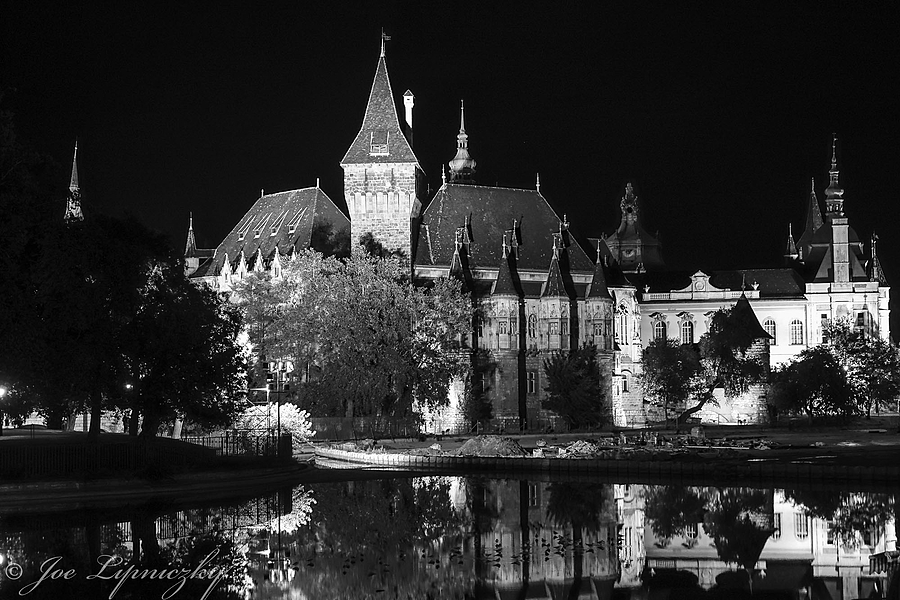 The Castle | LENS MODEL NOT SET <br> Click image for more details, Click <b>X</b> on top right of image to close