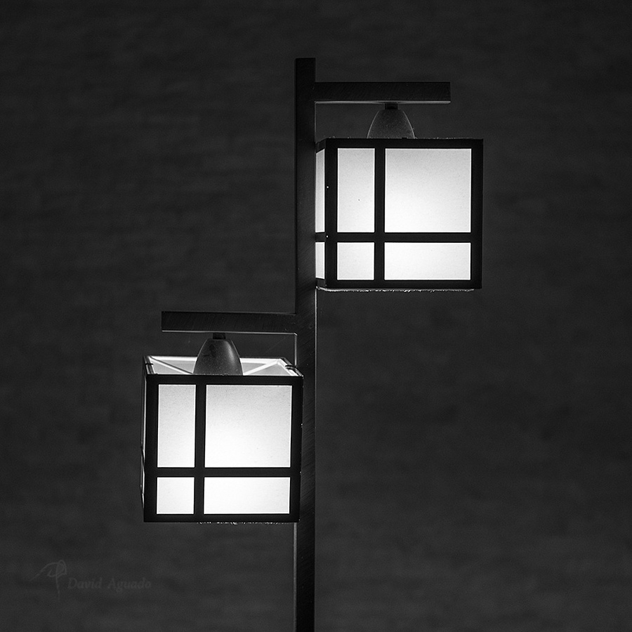 Farol | ZEISS SONNAR 55MM F1.8 FE ZA <br> Click image for more details, Click <b>X</b> on top right of image to close