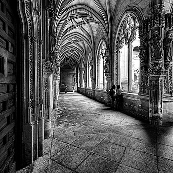 Claustro San Juan de los Reyes (Toledo-España) | LENS MODEL NOT SET <br> Click image for more details, Click <b>X</b> on top right of image to close
