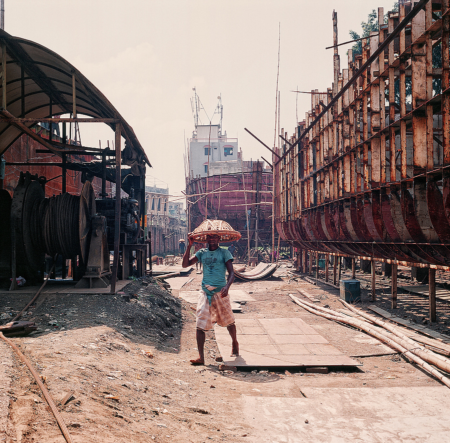 Dhaka Shipbuilding Yard | LENS MODEL NOT SET <br> Click image for more details, Click <b>X</b> on top right of image to close
