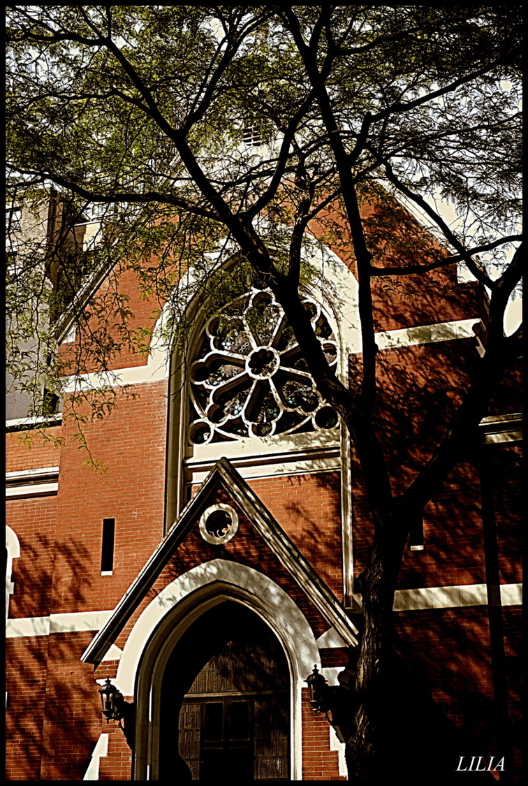 church | LENS MODEL NOT SET <br> Click image for more details, Click <b>X</b> on top right of image to close