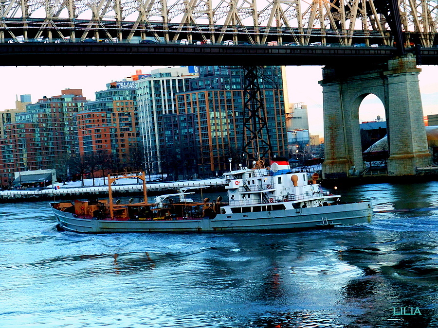 East River | LENS MODEL NOT SET <br> Click image for more details, Click <b>X</b> on top right of image to close