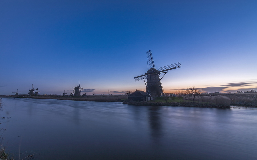 Kinderdijk | ZEISS DISTAGON F2.8 15MM <br> Click image for more details, Click <b>X</b> on top right of image to close