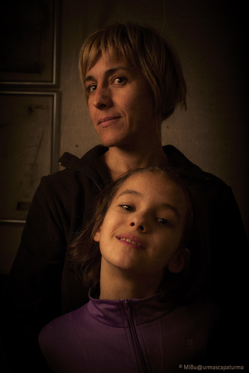 mother and daughter | ZEISS PLANAR F1.4 50MM <br> Click image for more details, Click <b>X</b> on top right of image to close