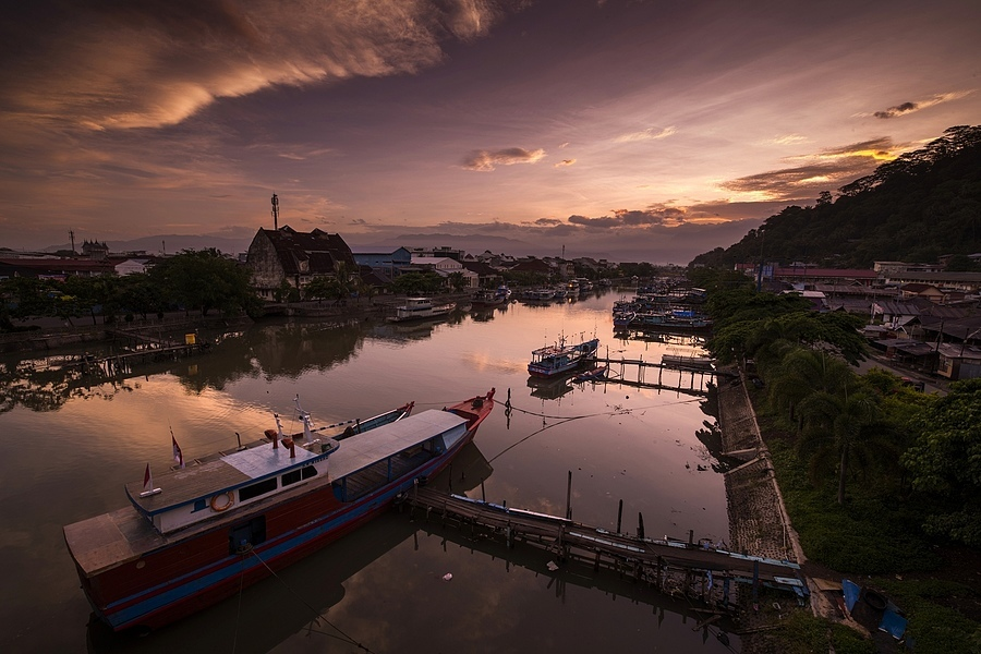 Batangharau River, West Sumatera, Indonessia | ZEISS DISTAGON F2.8 15MM <br> Click image for more details, Click <b>X</b> on top right of image to close