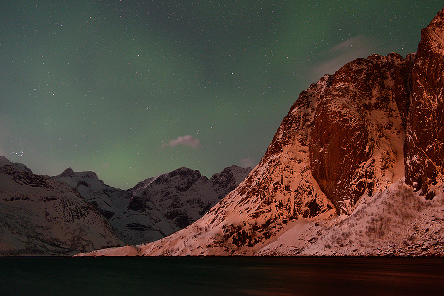 Lofoten, Norway | ZEISS DISTAGON F2.0 35MM <br> Click image for more details, Click <b>X</b> on top right of image to close