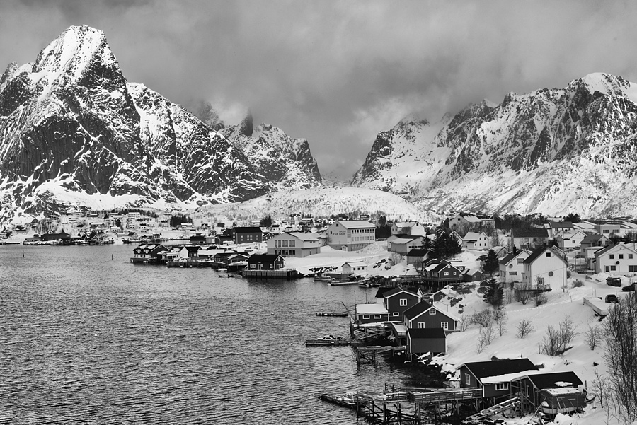 Reine, Lofoten | ZEISS PLANAR F1.4 50MM <br> Click image for more details, Click <b>X</b> on top right of image to close
