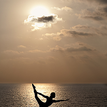 Light Yoga | ZEISS PLANAR F1.4 85MM <br> Click image for more details, Click <b>X</b> on top right of image to close