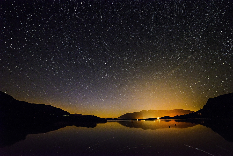 Shooting stars over Derwentwater | LENS MODEL NOT SET <br> Click image for more details, Click <b>X</b> on top right of image to close