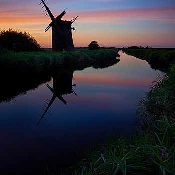 Windmill afterglow | LENS MODEL NOT SET <br> Click image for more details, Click <b>X</b> on top right of image to close