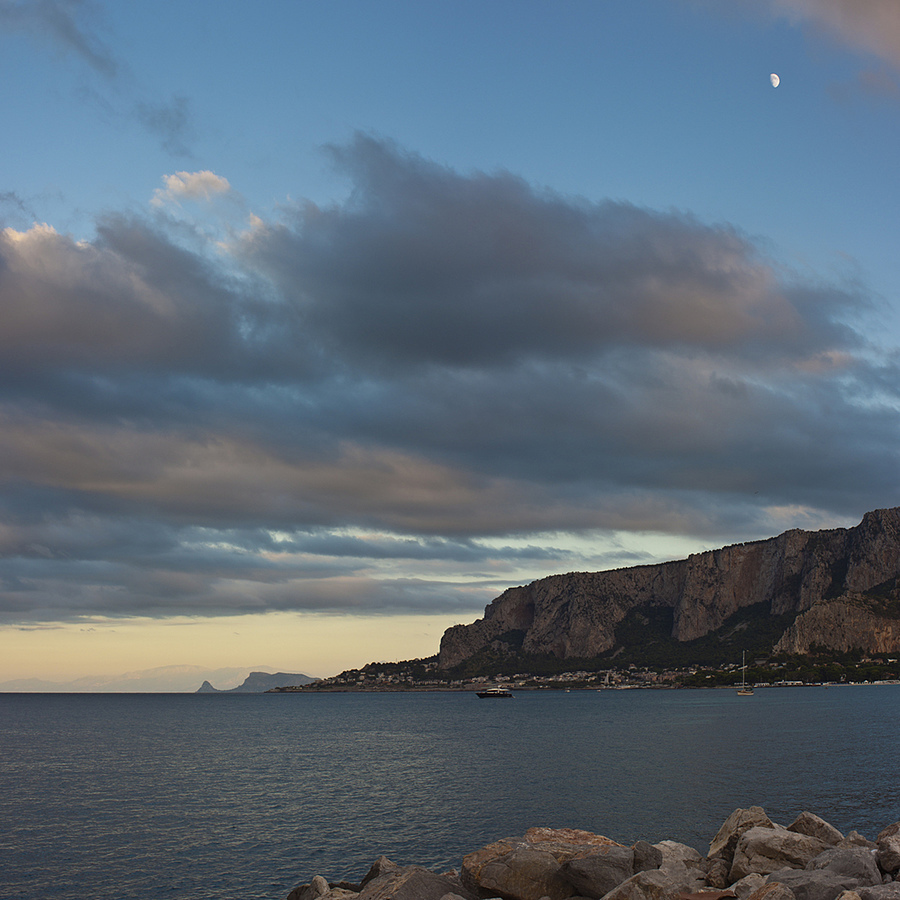 Mondello | ZEISS CY DISTAGON 28MM F2.8 <br> Click image for more details, Click <b>X</b> on top right of image to close