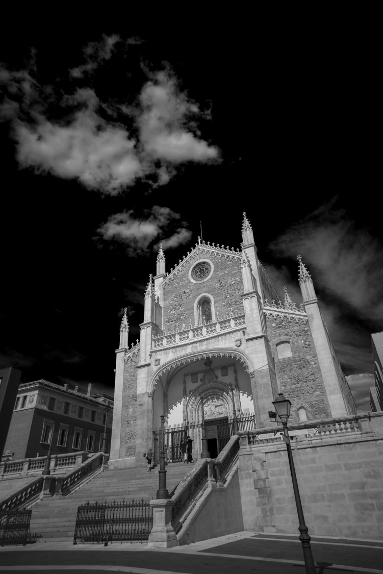 Madrid Church | ZEISS DISTAGON F2.8 21MM <br> Click image for more details, Click <b>X</b> on top right of image to close