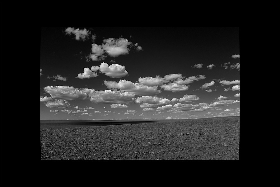 Puffy clouds | ZEISS ZEISS SONNAR 35MM F2 <br> Click image for more details, Click <b>X</b> on top right of image to close