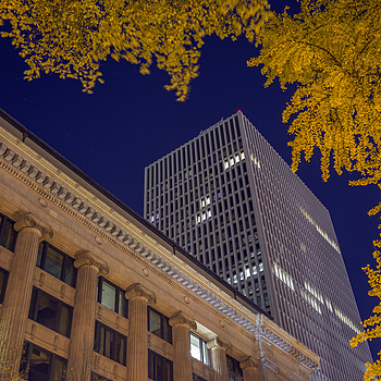 Courthouse and fall color | ZEISS ZEISS SONNAR 35MM F2 <br> Click image for more details, Click <b>X</b> on top right of image to close