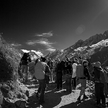 Everest viewpoint and tourists | ZEISS G BIOGON 21MM F2.8 <br> Click image for more details, Click <b>X</b> on top right of image to close