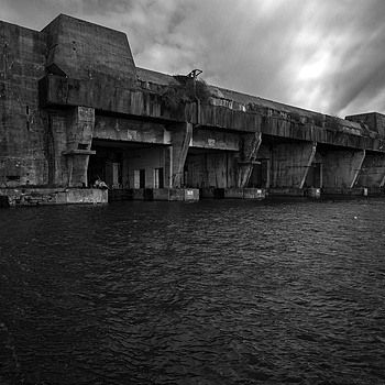 Lorient submarine bunker | ZEISS G BIOGON 21MM F2.8