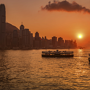 Star Ferry sunset | ZEISS DISTAGON F1.4 35MM