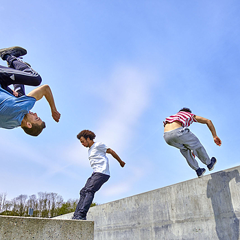 Parkour | LENS MODEL NOT SET <br> Click image for more details, Click <b>X</b> on top right of image to close