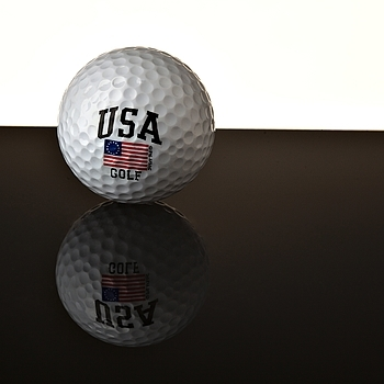 Golf ball with Betsy Ross Flag | ZEISS APO SONNAR F2 135MM