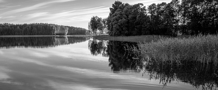 Evening on the lake | ZEISS DISTAGON F2.8 21MM <br> Click image for more details, Click <b>X</b> on top right of image to close