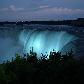 Niagra Falls | ZEISS ZS DISTAGON F2.0 35MM <br> Click image for more details, Click <b>X</b> on top right of image to close