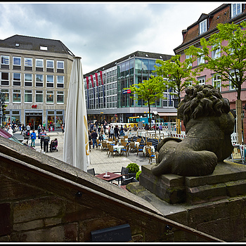 L1002227    Göttingen - Marktplatz | ZEISS ZM DISTAGON F4 18MM <br> Click image for more details, Click <b>X</b> on top right of image to close