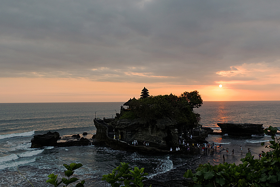 Sunset at Bali | ZEISS DISTAGON F2.8 15MM <br> Click image for more details, Click <b>X</b> on top right of image to close