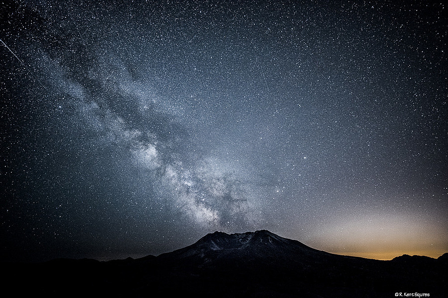 Milky Way over Mt. St. Helens | ZEISS DISTAGON F2.8 15MM <br> Click image for more details, Click <b>X</b> on top right of image to close