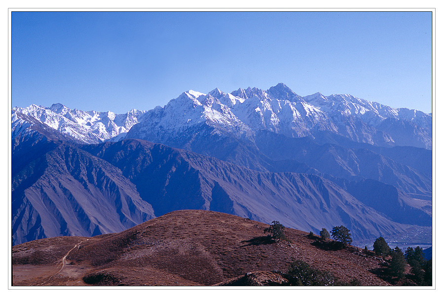 Hindu Raj peaks | ZEISS CY TESSAR 45MM F2.8 <br> Click image for more details, Click <b>X</b> on top right of image to close