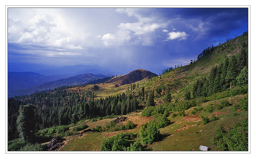 The Swat Valley | ZEISS G BIOGON 28MM F2.8 <br> Click image for more details, Click <b>X</b> on top right of image to close