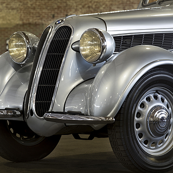 Vintage BMW | ZEISS CY PLANAR 135MM F2 <br> Click image for more details, Click <b>X</b> on top right of image to close
