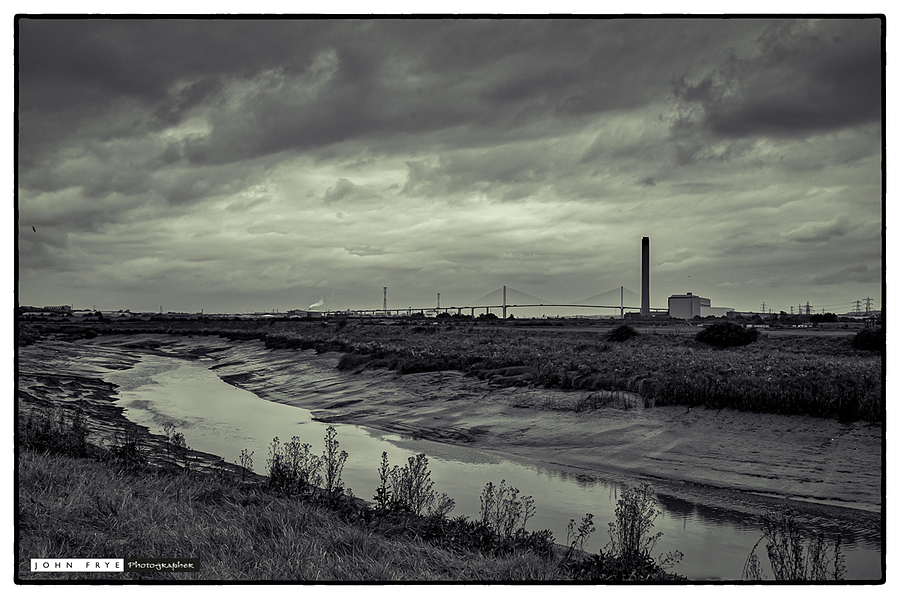 River Drench and the QE2 Bridge | ZEISS ZM BIOGON F2.0 35MM <br> Click image for more details, Click <b>X</b> on top right of image to close